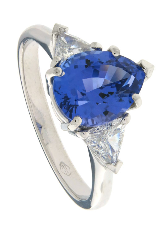 Pear cut Tanzanite with Trillion Diamonds